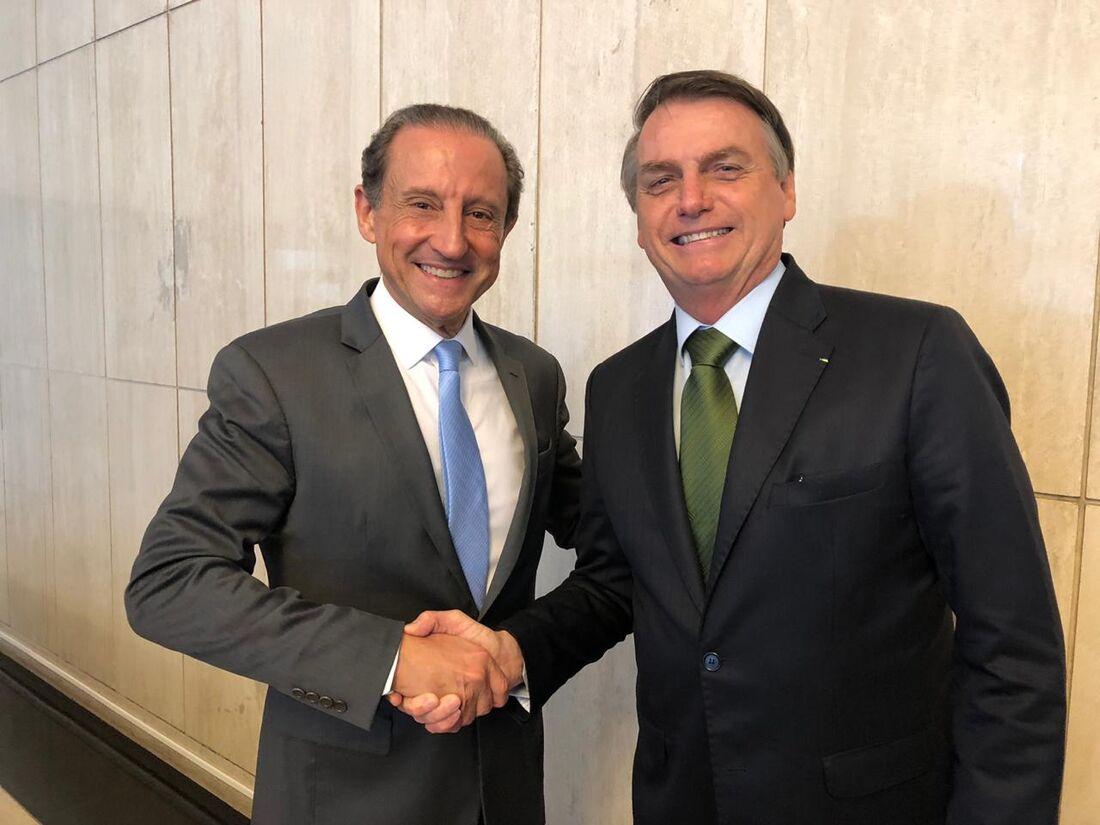 O presidente da Fiesp, Paulo Skaff, recebe o presidente Jair Bolsonaro