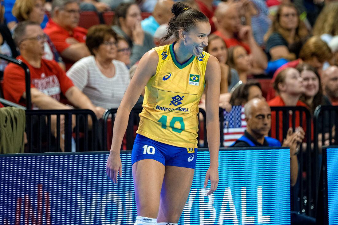 Gabi foi o grande destaque da vitória da seleção brasileira