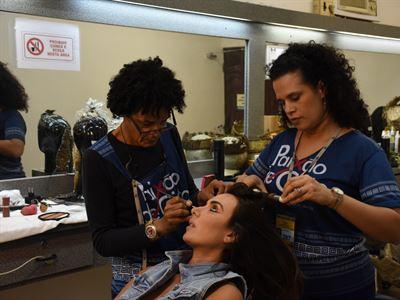 Muitos profissionais da beleza trabalham de forma autônoma
