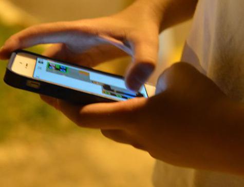 Sociedade Brasileira de Pediatria alerta para riscos da exposição contínua à tela de computadores e tablets