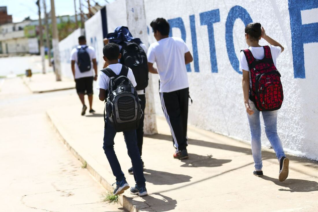 Estudantes secundaristas
