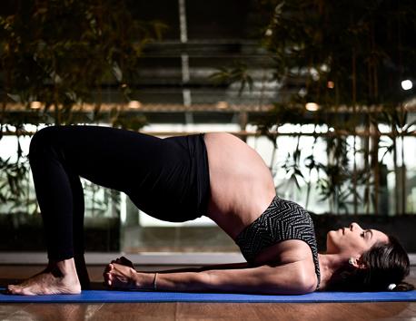 Rebecca Fonseca está no sexto mês de gestação e teve os exercícios adaptados