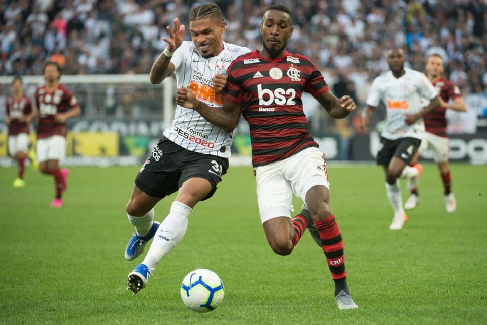 Corinthians e Flamengo empatam em 1x1 na Arena Itaquera