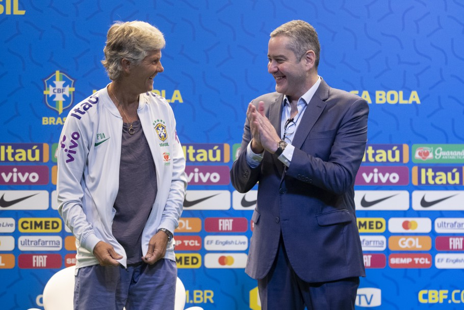 Pia, técnico da seleção, e Rogério Caboclo, presidente da CBF