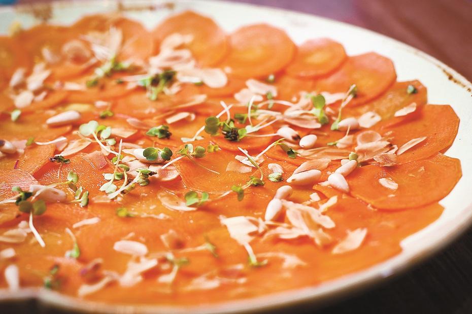 Carpaccio de cenoura  é opção revisitada  de um clássico