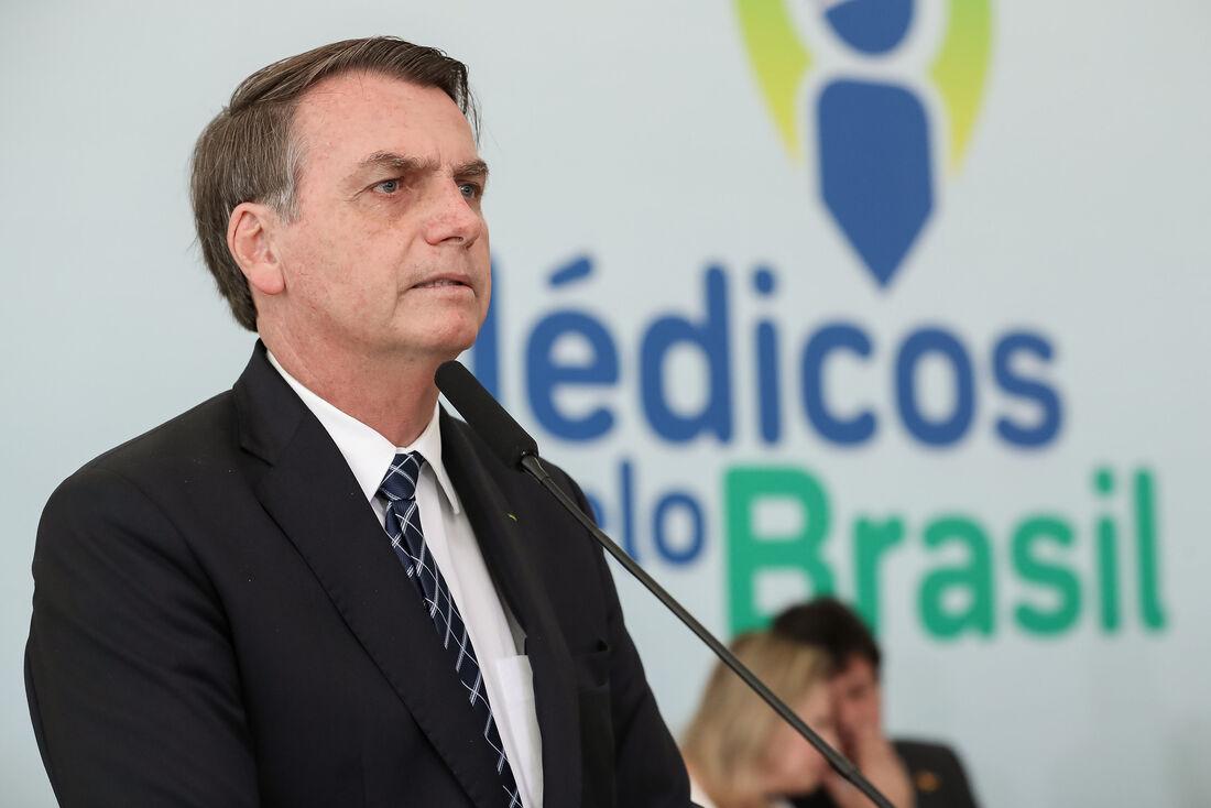 Eduardo Bolsonaro posta foto da reunião entre Jair Bolsonaro e  Benjamin Netanyahu