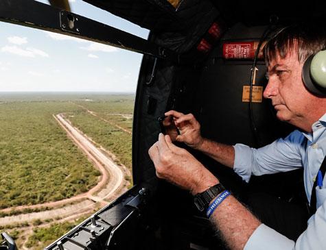 Bolsonaro visitou, nesta quarta-feira, o Perímetro Irrigado dos Tabuleiros Litorâneos do Piauí, em Parnaíba