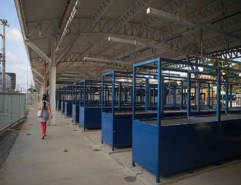 Centro Comercial do Cais de Santa Rita