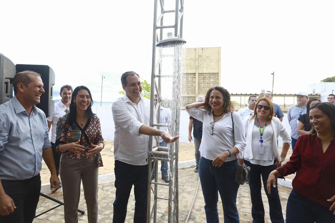 Inauguração da rede de distribuição de água vai beneficiar cerca de 500 moradores da comunidade de Serrota, em Petrolândia