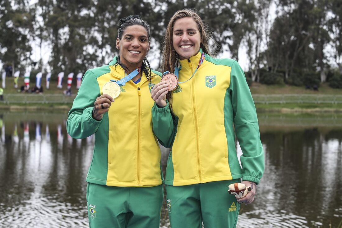 Ana Marcela Cunha e Viviane Jungblut, ouro e bronze na maratona aquática