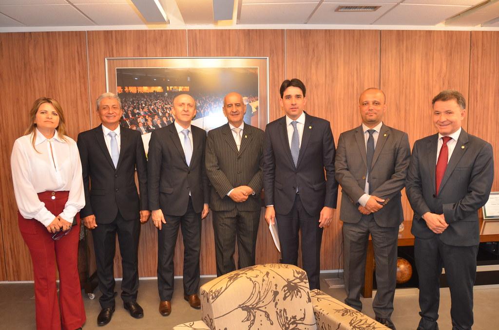 O ministro Luiz Eduardo Ramos, parabenizou o trabalho do deputado Silvio Costa Filho e do grupo de trabalho