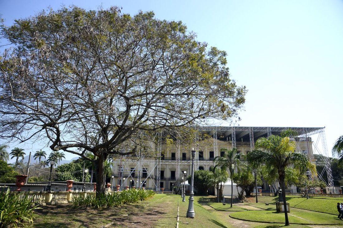 Reconstrução do Museu Nacional