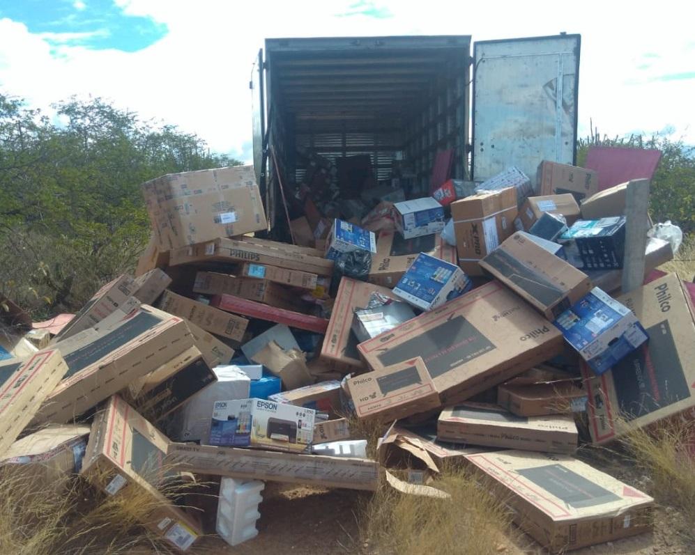 A carga roubada é avaliada em cerca de R$ 805 mil