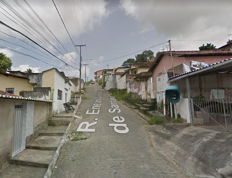Crime ocorreu na rua Enéas Cavalcante de Santana