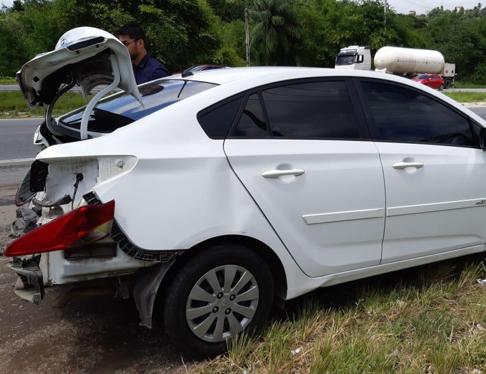 Acidente ocorreu no bairro da Guabiraba