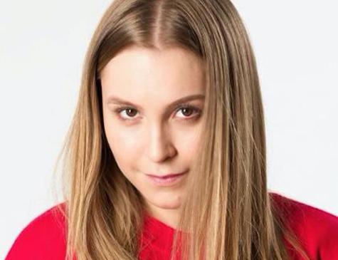 Carla Diaz interpreta Suzane von Richthofen