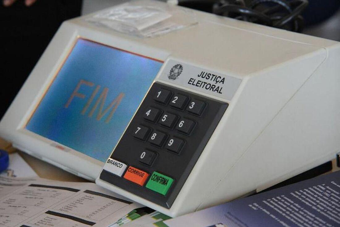 O presidente Jair Bolsonaro sancionou a Lei 13.878 de 2019, que estabelece os limites de gastos de campanha para as eleições municipais