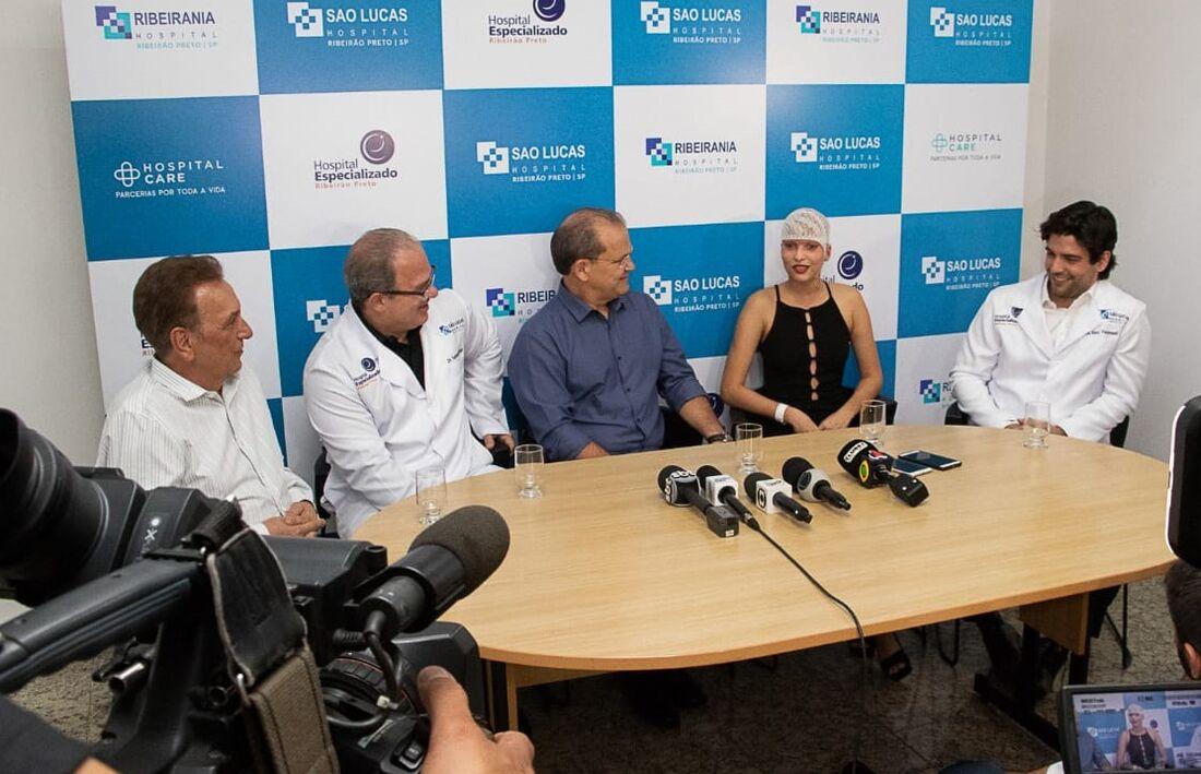 A informação foi repassada na noite desta quinta-feira (10) pela equipe médica que acompanha a jovem em coletiva de imprensa no Hospital Especializado de Ribeirão Preto, em São Paulo