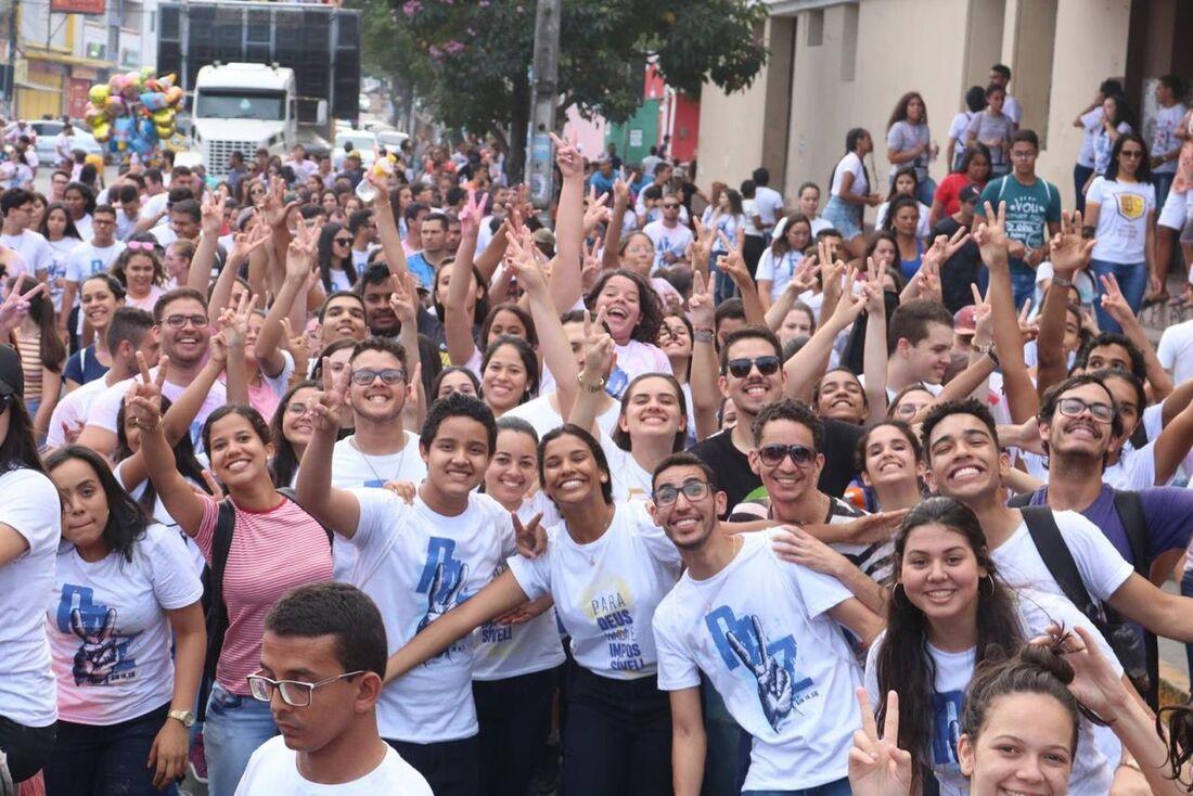 """Este ano o evento traz o tema """"Juventude e Políticas Públicas: uma história nos chama à civilização amor"""""""