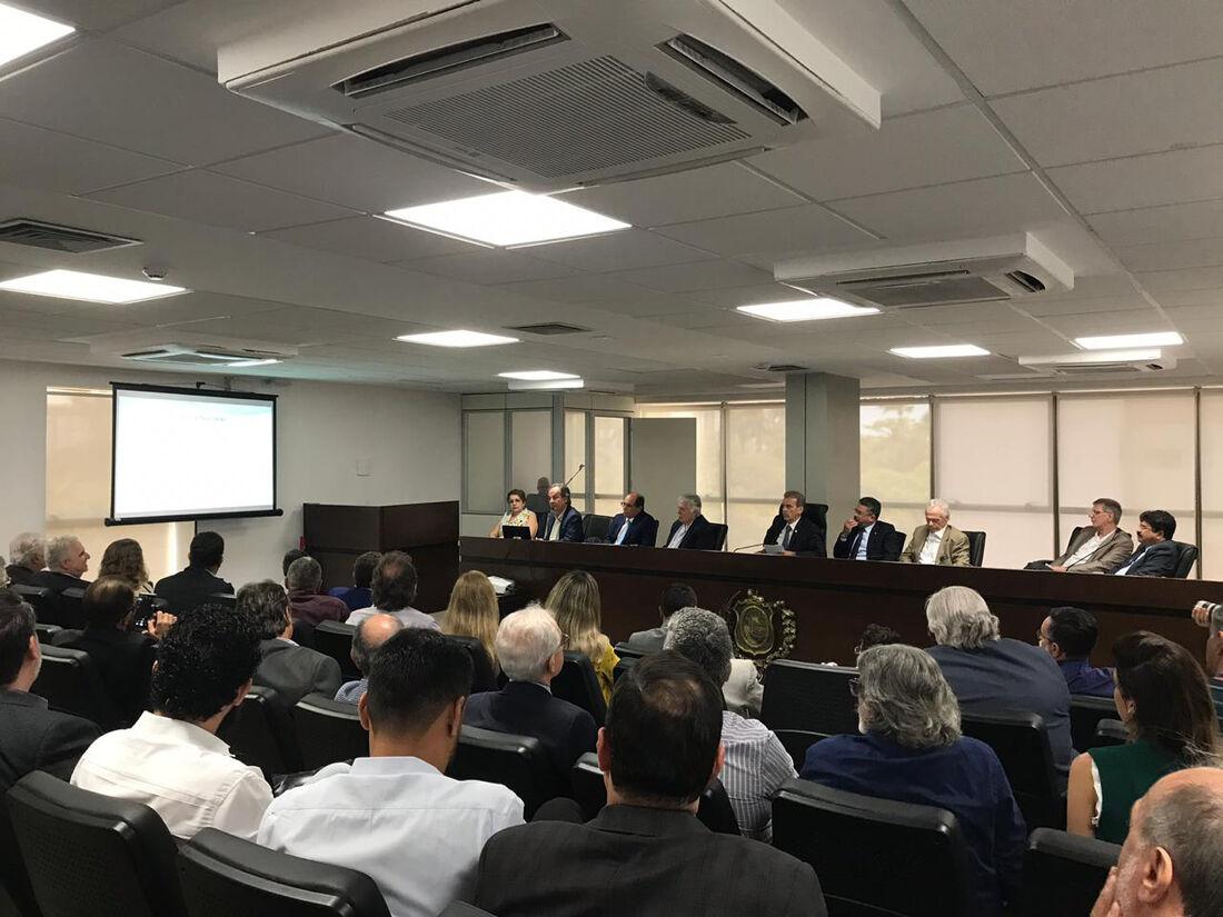 Audiência pública debate a instalação de usina nuclear em Itacuruba