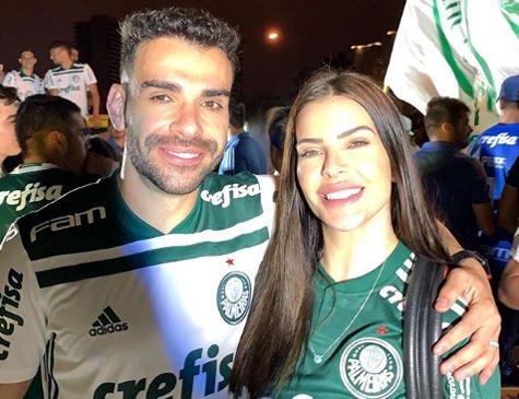 Volante do Palmeiras, Bruno Henrique, e sua esposa Bhel Dietrich