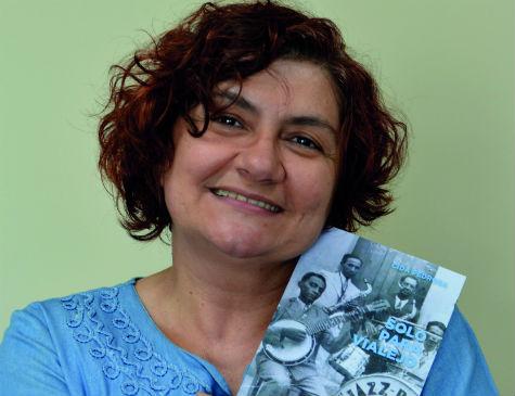 A pernambucana Cida Pedrosa concorre com livro Solo para Vialejo