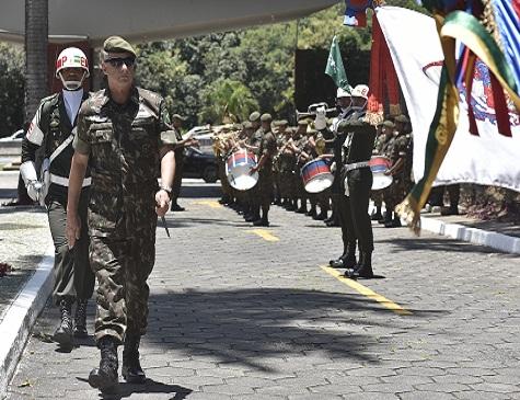 Comandante do Exército, general Edson Leal Pujol