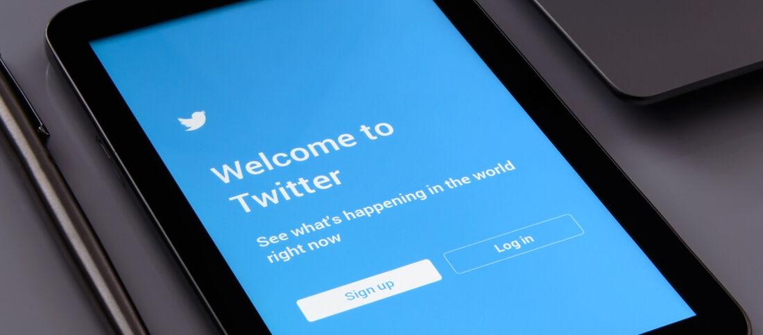 [1250] Twitter