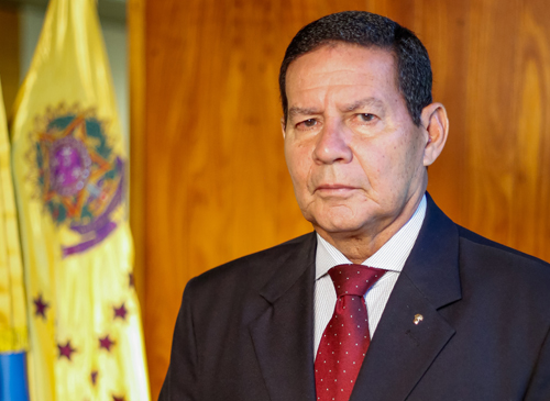 Presidente interino, Hamilton Mourão