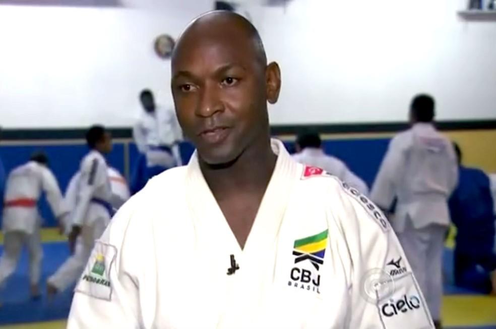 Mário Sabino Júnior