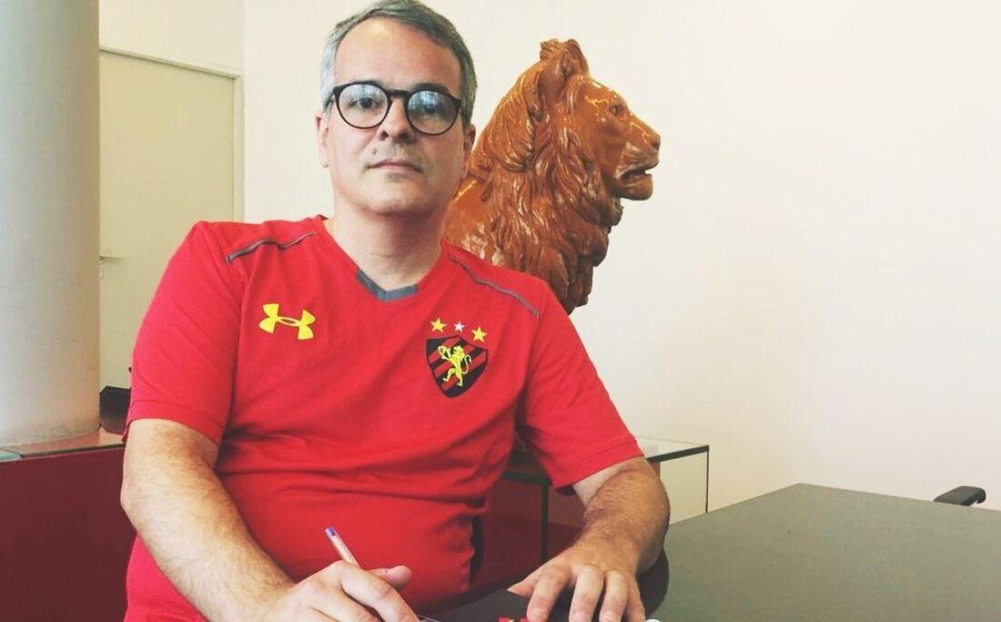Carlos Frederico, presidente em exercício do Sport
