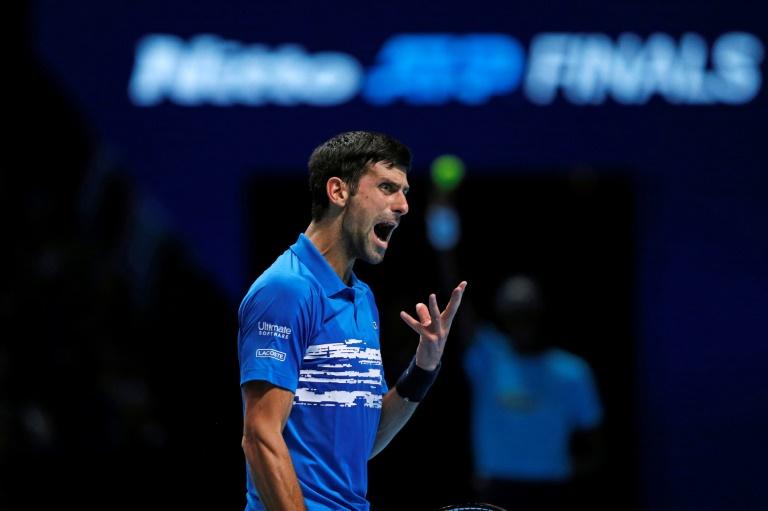 Djokovic estreou com vitória no ATP Finals