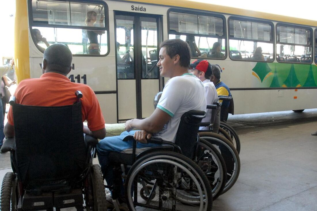 Pessoas com deficiência agora podem obter o passe livre para viagens rodoviárias, aquaviárias e ferroviárias interestaduais pela internet