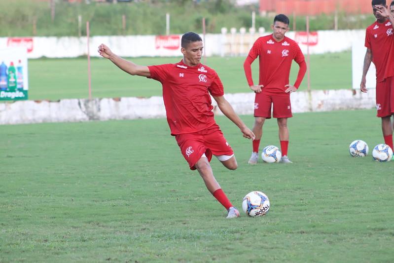 Thiago acertou transferência ao Flamengo