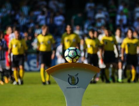 Clubes enfrentam dificuldades na primeira divisão