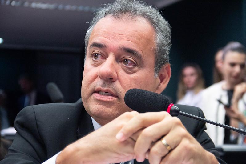 Deputado federal Danilo Cabral (PSB-PE) assina o requerimento de convocação foi do