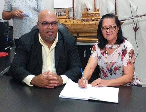 Novo presidente da Câmara, Jean Carlos Alves dos Santos (PSD), assumiu a prefeitura de Itapissuma neste domingo (22)