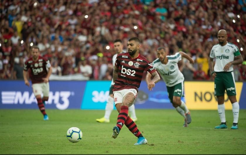Flamengo e Palmeiras, os mais ricos do Brasil