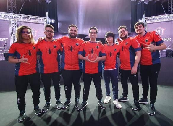 Team Liquid durante o OGA PIT de Rainbow Six