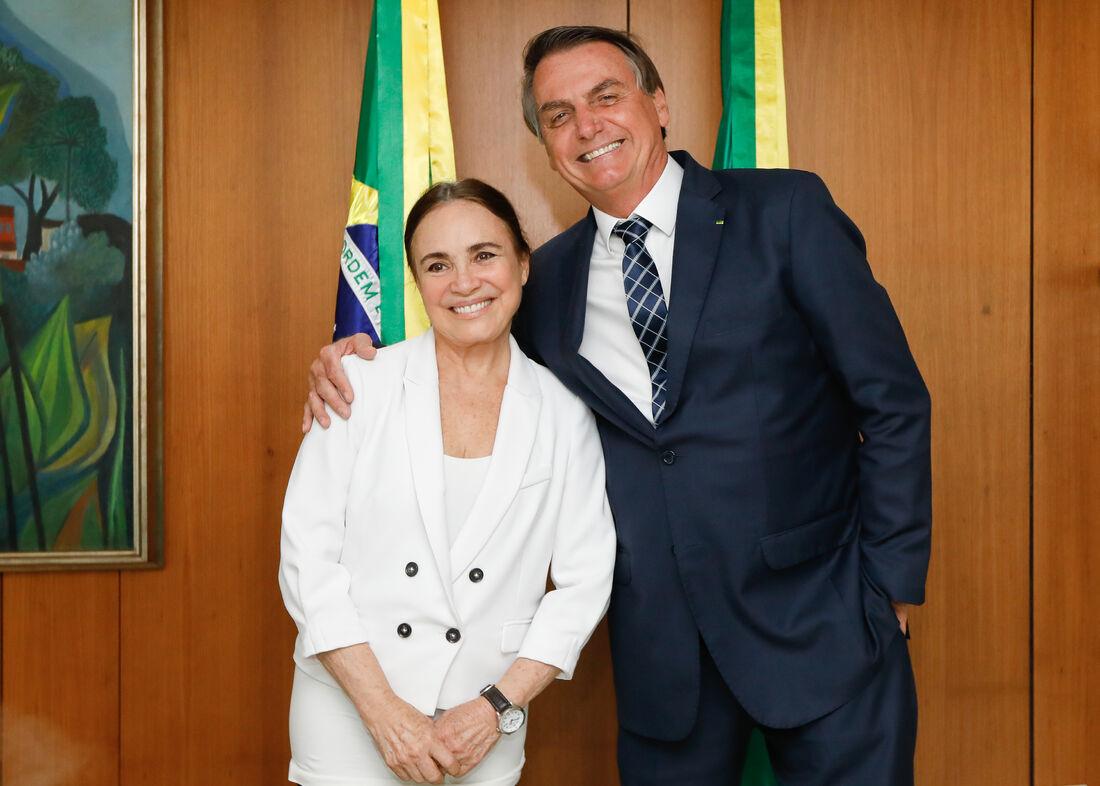 Regina Duarte foi convidada por Bolsonaro para assumir a Secretaria de Cultura
