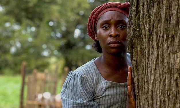 """O papel de uma escrava negra quase foi dado a Julia Roberts, mas Cynthia Erivo brilha em """"Harriet"""" e luta pela liberdade e pelo Oscar"""