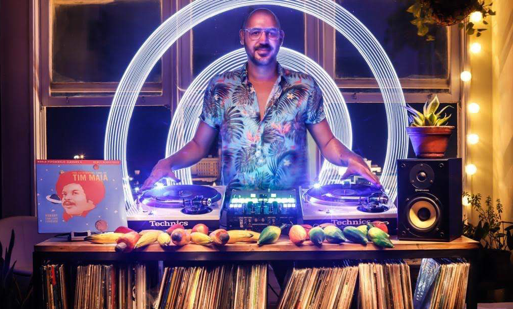 Som do DJ 440 vai 'costurar' apresentações dos shows no Marco Zero, na Terça de Carnaval