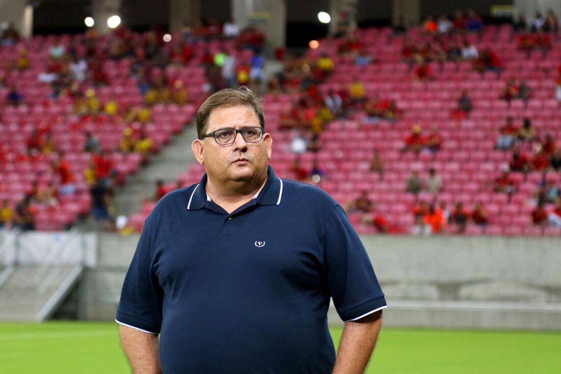 Guto Ferreira, técnico do Sport