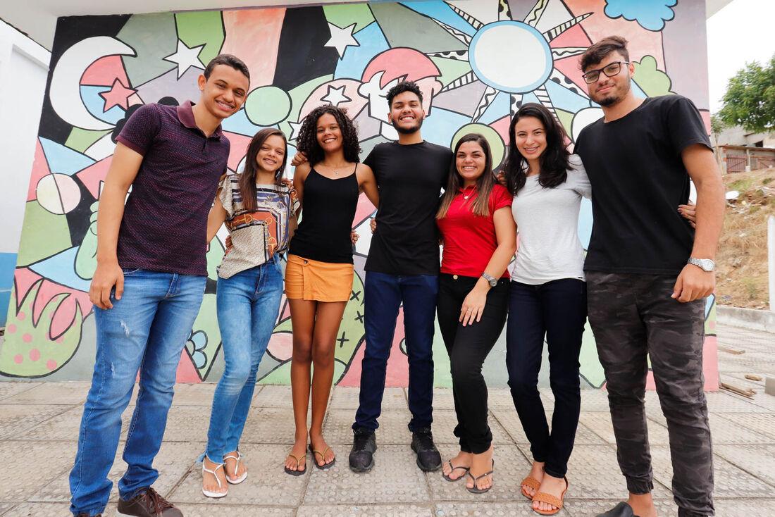 Desde 2018 o Projeto Vai ensina línguas aos adolescentes de Passira