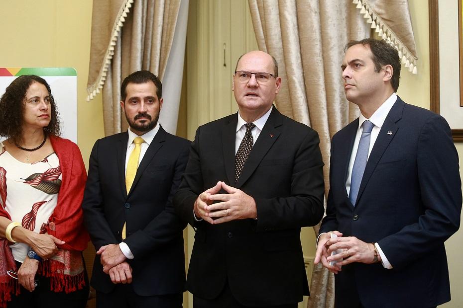Ao lado de Paulo Câmara, Lázaro Figueiredo vai iniciar processo de atração de mão de obra