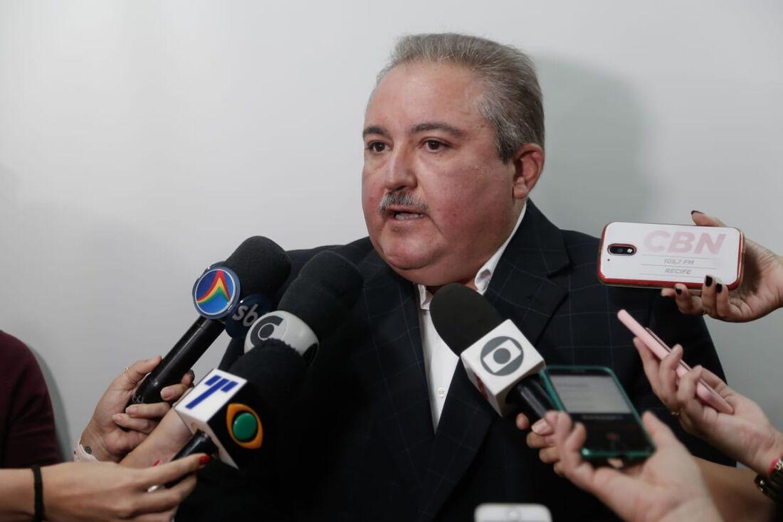 André Longo, secretário de Saúde de Pernambuco