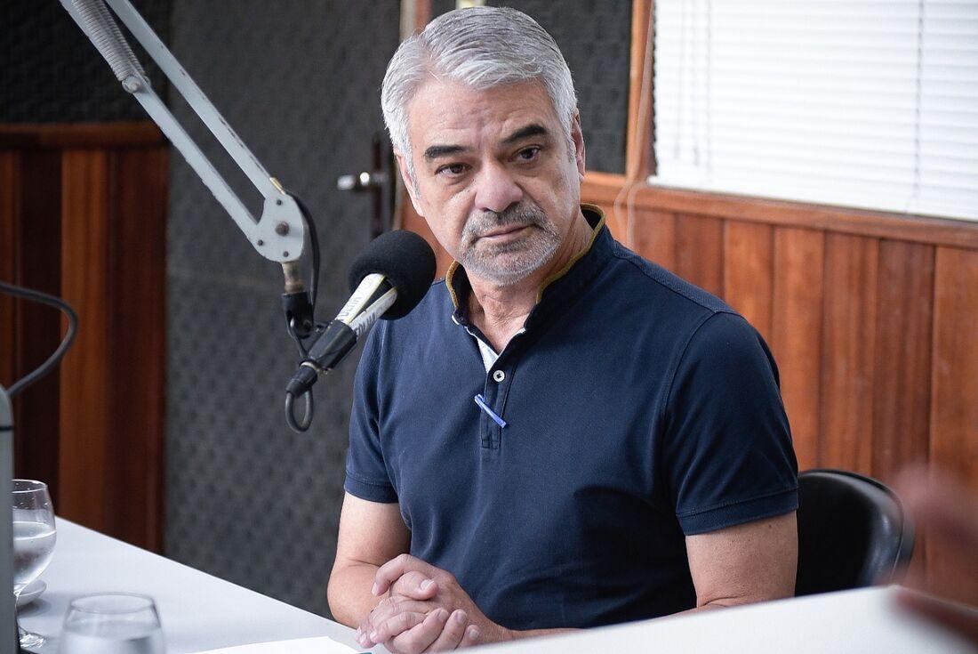 Humberto Costa, em entrevista à Rádio Folha.