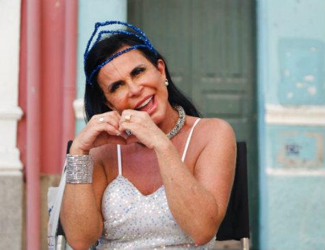 Gretchen em gravação de novo clipe