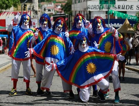 Foliões curtem o Carnaval de Bezerros