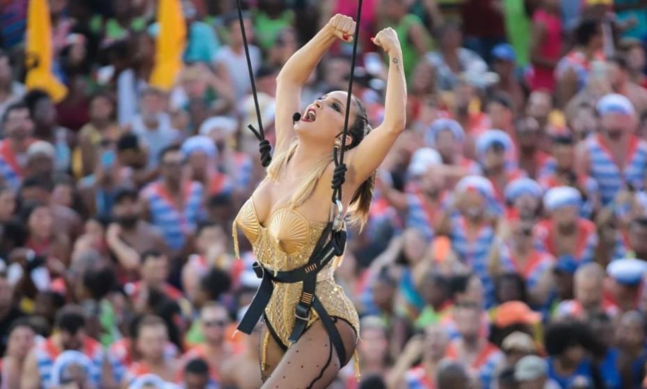 Claudia Leitte de Madonna